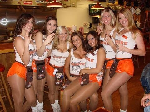 HOOTERS Fights Rival Chain