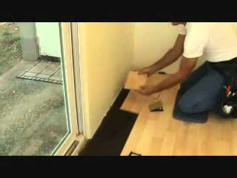 Installing a hardwood floor: connecting a row up against a wall