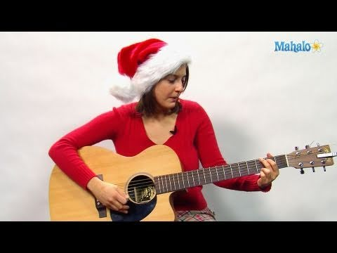 How to Play Santa Claus is Coming to Town on Guitar