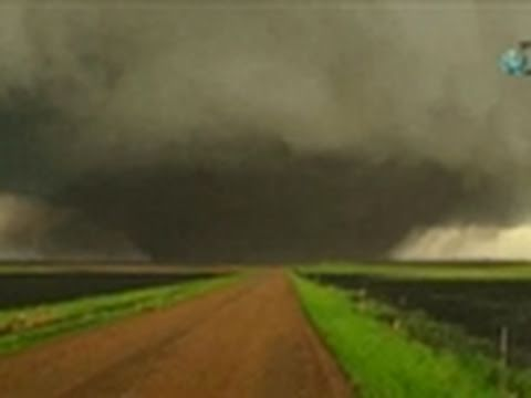 Storm Chasers- Bowdle, South Dakota Tornado 5/22/10