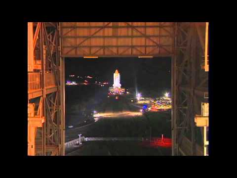 Shuttle Discovery Back on Launch Pad