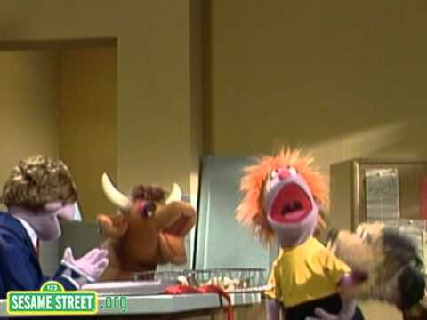 Sesame Street:Song: Homer the Pet Elephant