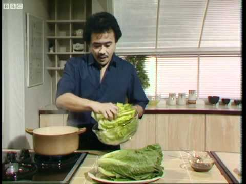 Lettuce with oyster sauce - Ken Hom's Chinese Cookery - BBC
