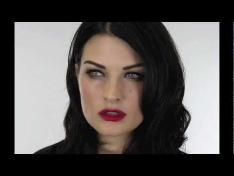MEGAN FOX MAKE-UP TUTORIAL