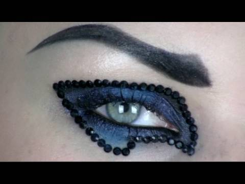 CREATIVE CRYSTAL GLAM ROCK MAKE-UP TUTORIAL