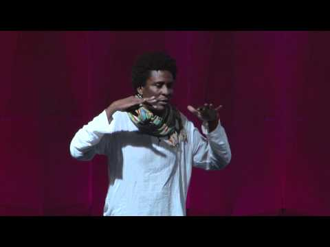 TEDxAmazonia - Edgard Gouveia Jr.  | He remembers that we are stronger than we look - Nov.2011