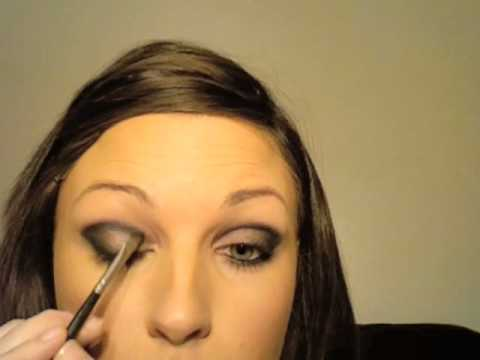 Nelly Furtado (Broken strings) inspired make-up tutorial