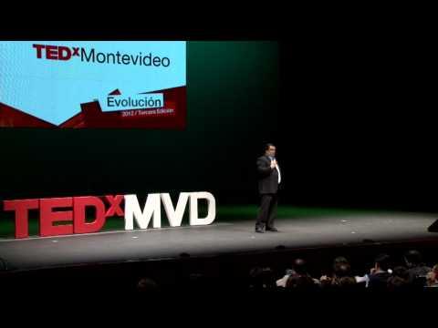 TEDxMontevideo 2012 - RAÚL ECHEBERRÍA - Innovación sin fines de lucro