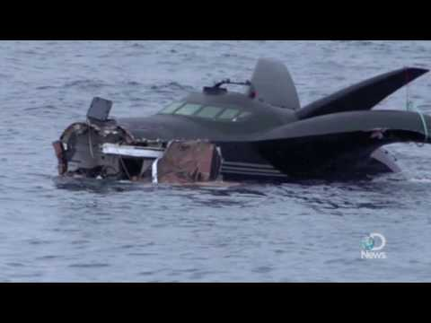 Rammed Anti-Whaling Boat Sinks