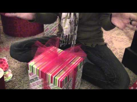 Quick and Easy Christmas Wrapping
