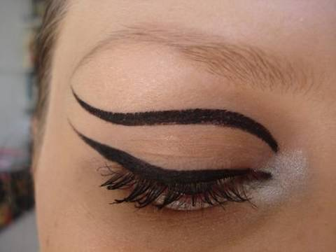 TREND: A/W 09/10 Liner inspired by Moschino