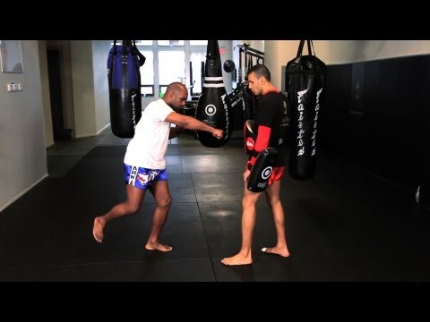 How to Perform the Superman Punch in Kickboxing | Muay Thai Kickboxing | MMA