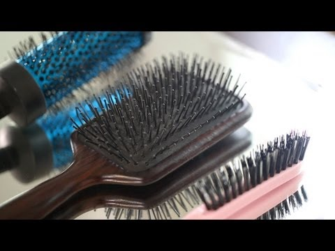 3 Must Have Hair Brushes || Kin Beauty