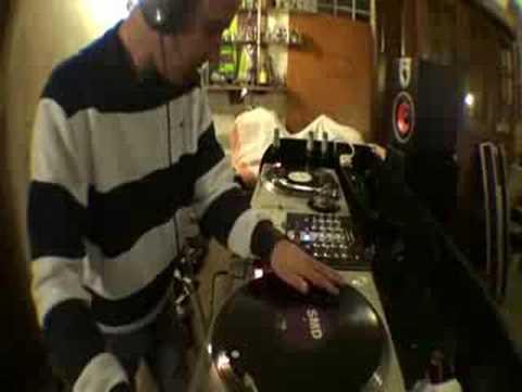 DJ Snips Birthday MiX Old skool Hardcore mix 90's stylee!!