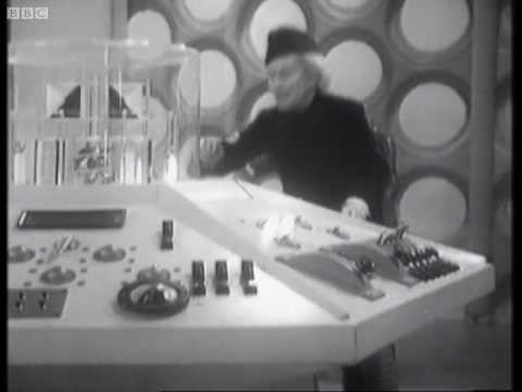 The Tardis takes off for first time - Classic Doctor Who - BBC
