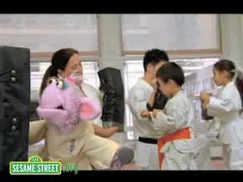 Sesame Street: Murray has a Little Lamb