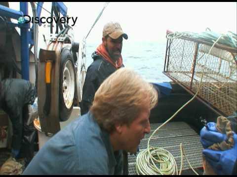 Deadliest Catch Season 5 - Fish Bite Tradition