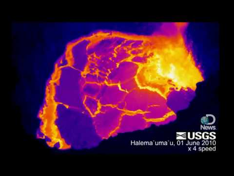 Hawaii Volcano Shows Technicolor Lava