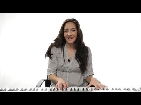 How to Play a G Chord 2nd Inversion on Piano