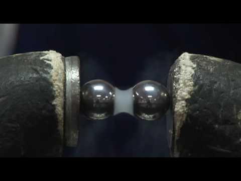 Liquid Nitrogen vs. Liquid Oxygen: Magnetism