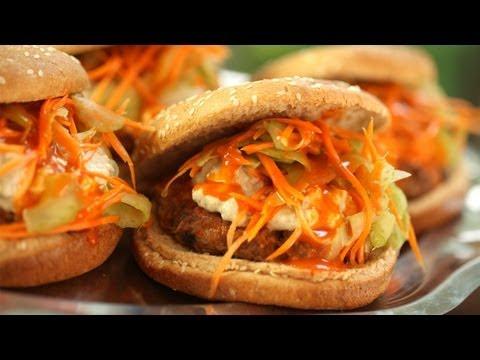BBQ Hot Wing Burger: Top 3 Summer Burgers || KIN EATS