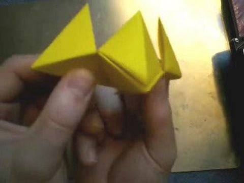 Origami: Bird with moving mouth