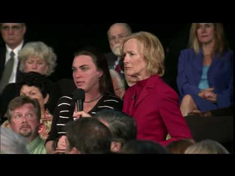 Town Hall Spotlights Voter Frustrations in Tampa
