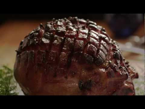 How to Make Honey-Glazed Ham