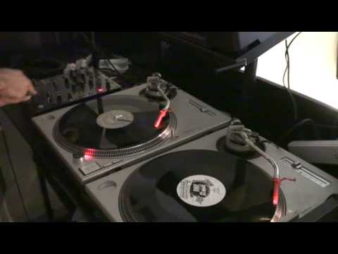 DJ Tutorial. Scratch, turntabalist?  Use some FX Video 2
