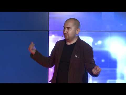 TEDxSkolkovo - Alexander Shaburov - How we made the art of 2000s