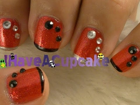 Simple Red Nail Art