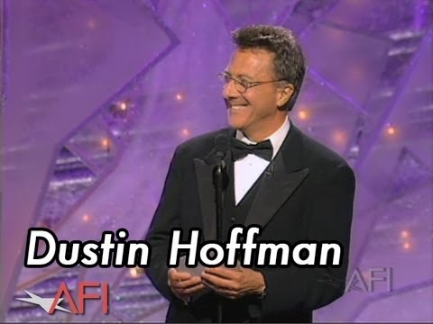 Dustin Hoffman Accepts the AFI Life Achievement Award in 1999