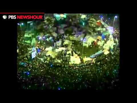 Tahrir Square Crowds Erupt to News that Mubarak Will Step Down