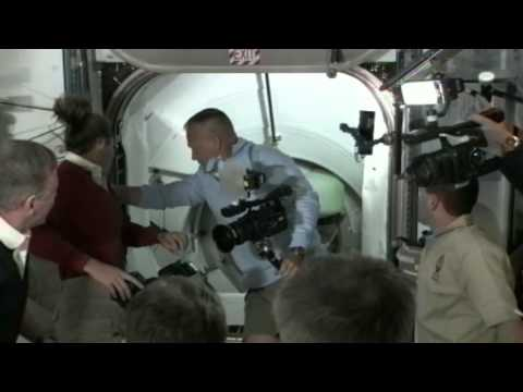 Expedition 28 Greets the Crew of Space Shuttle Atlantis