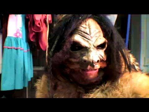 Big Foot Costume, Halloweeny How-To, Threadbanger