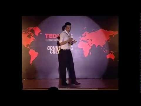 TEDxBMS - Daniel Vera - Travelling outside my comfort zone.