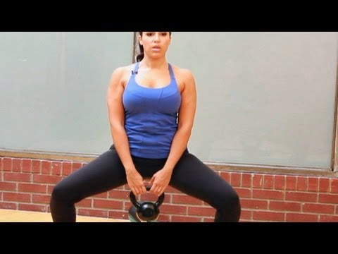 Best Bikini Workout for Women: Plie Squat