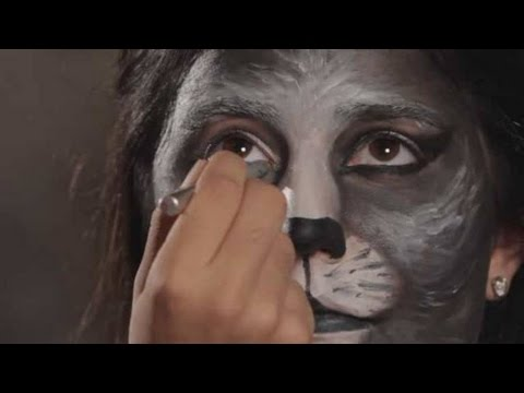 Halloween Makeup Tutorial: Cat Makeup / Cat Eyes