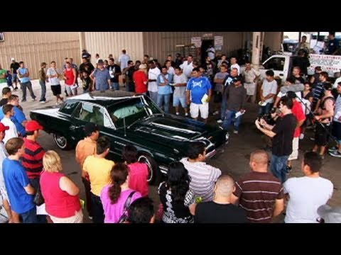Desert Car Kings - Thunderbird Auction