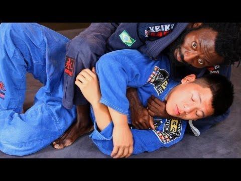 Underarm Collar Choke | Brazilian Jiu Jitsu