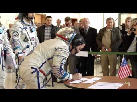 Next Space Station Crew Undergoes Final Training