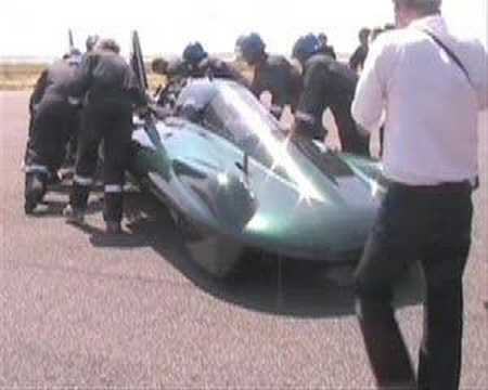 Steam car attempts a new land speed record