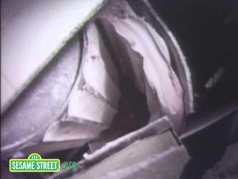 Sesame Street: Chewing Gum Factory