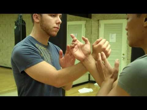 Wing Chun - Cross Arm Pak & Punch Drill