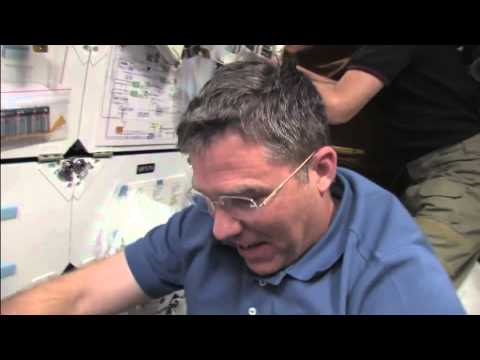 Rocket Motor Test, Tech Chief Tour Tops This Week @ NASA