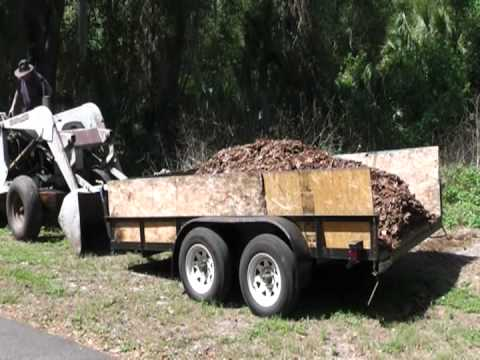 Unconventional Way to Unload 4 Cubic Yards of Pine Bark from a Trailer