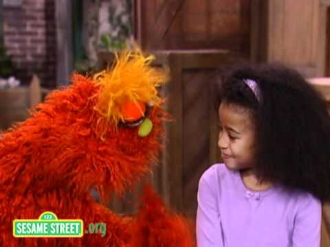 Sesame Street: Dance With Murray