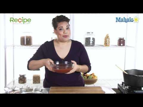 How to Make Mama's Marinara