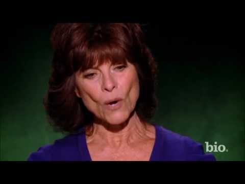 Celebrity Ghost Stories - Adrienne Barbeau - Family Reunion