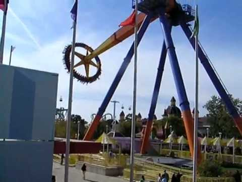 Spinner Ride, Cedar Point Amusement Park, Ohio